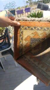 שטיח של סלון אחרי ניקיון מאסיבי