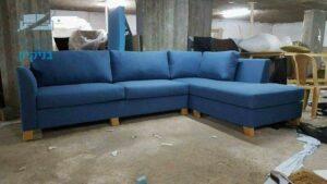 ספה פינתית אחרי ריפוד מחדש לבד בצבע כחול