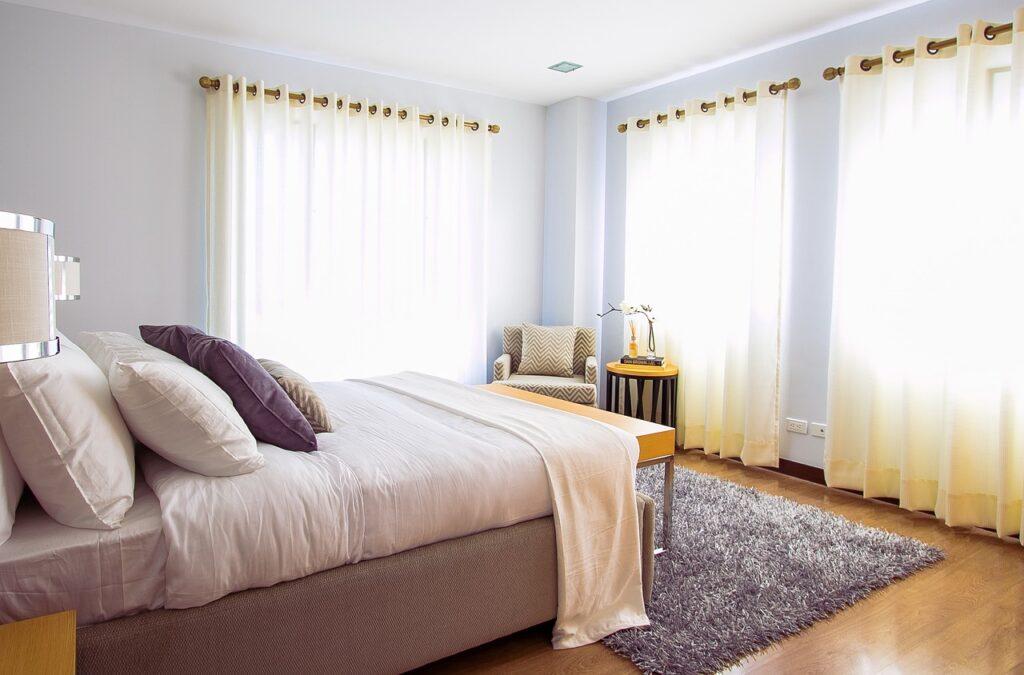 ניקוי וילונות לחדרי שינה