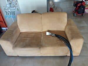 ניקוי ספה דו מושבית במושב גאליה ליד רחובות