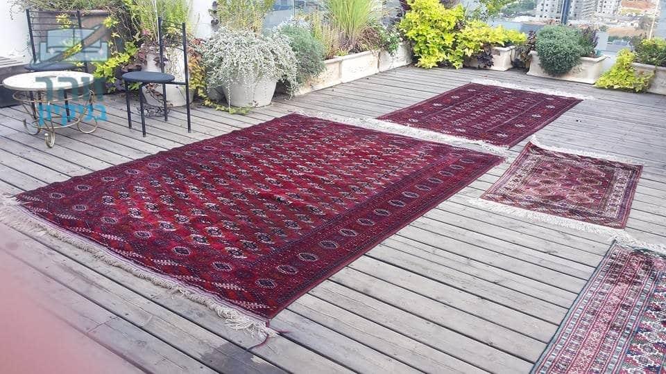ביצוע ניקוי שטיחים בוכרים עבודת יד ברמת גן