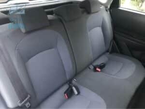 אחרי ניקוי ריפודים למושבים באוטו עם ריח ניחוח רענן